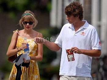 ***Exclusive Allrounder*** Conor Kennedy and Taylor Swift out walking together after having lunch at