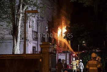 RIO DE JANEIRO, Sept. 3, 2018  Firefighters try to put out a fire at the National Museum of Brazil i