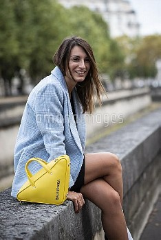 Valentino - Paris Woman Streetstyle Spring Summer 2019