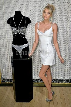 Victoria's Secret model Elsa Hosk announced as Fantasy Bra model, 110518