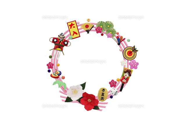 正月飾りのリース09522001152の写真素材イラスト素材アマナイメージズ
