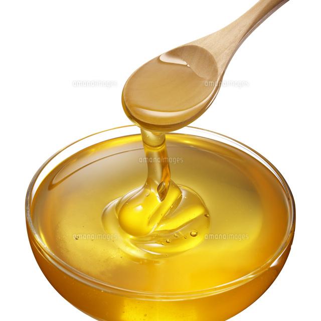 スプーンから垂れる蜂蜜10132108275の写真素材イラスト素材アマナ