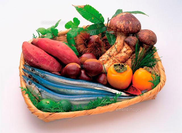 秋の味覚盛り合わせ10173000138の写真素材イラスト素材アマナ
