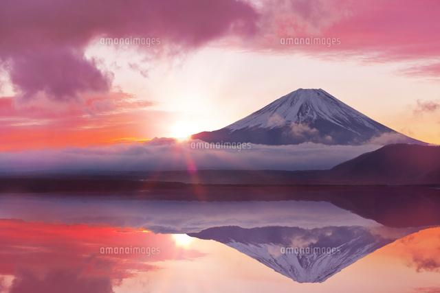 富士山の日の出cg 10285003055 の写真素材 イラスト素材 アマナ