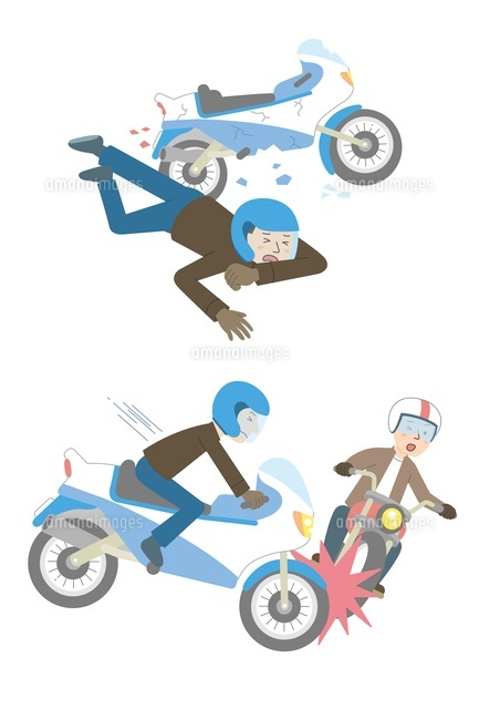 バイク事故転倒バイク同士10423000466の写真素材