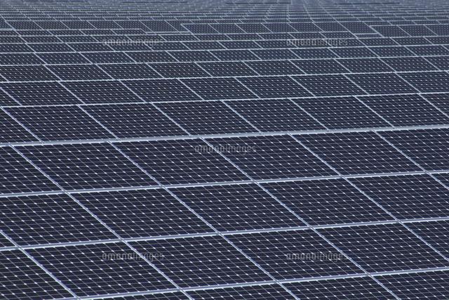 北新潟太陽光発電所太陽電池パネル10467002131の写真素材イラスト