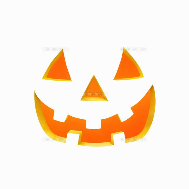ハロウィンのかぼちゃのおばけの顔10610003098の写真素材イラスト