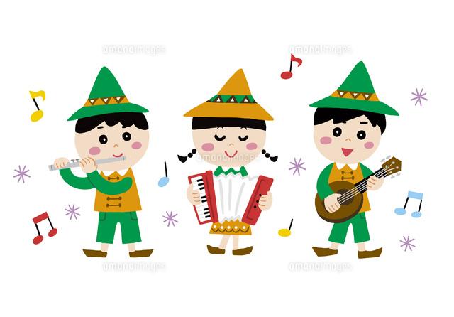 楽器を演奏する子供たち10928000232の写真素材イラスト素材アマナ