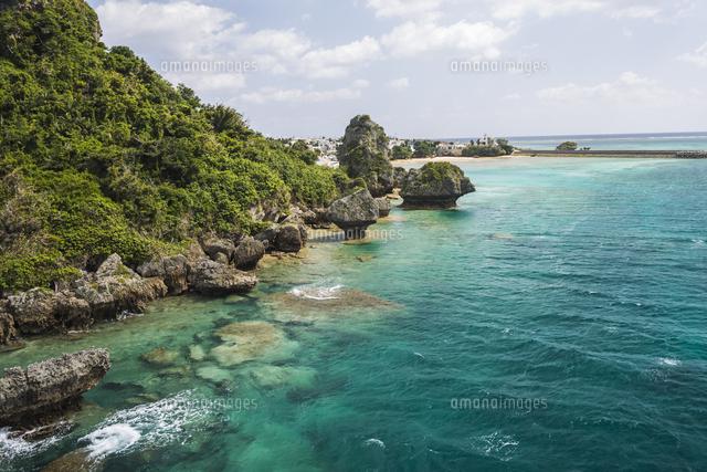 沖縄の綺麗な海10957000272の写真素材イラスト素材アマナイメージズ