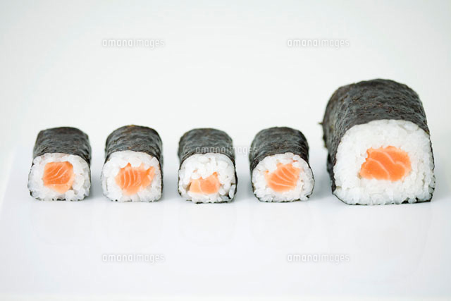 Five pieces of maki sushi arranged in row