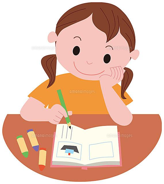 絵日記を書く女の子11002054782の写真素材イラスト素材アマナ