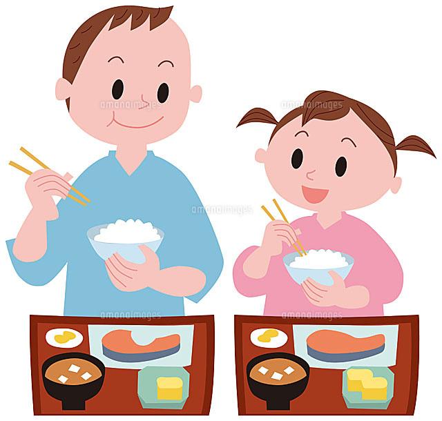 旅館の朝食を食べる親子11002054789の写真素材イラスト素材アマナ
