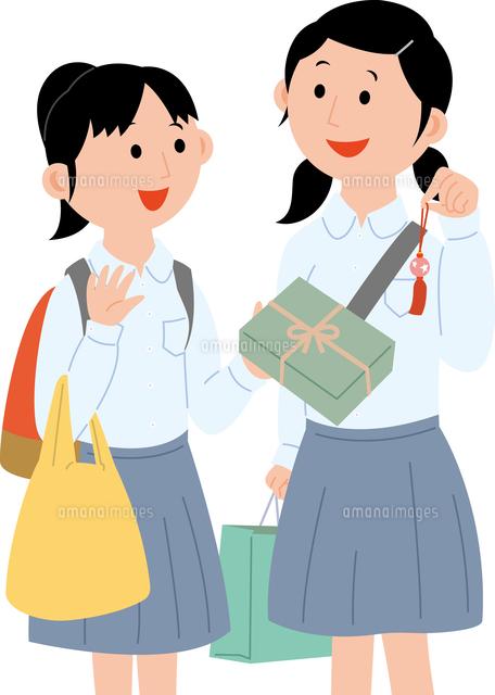 修学旅行でお土産を買う女子学生2人11002067791の写真素材イラスト