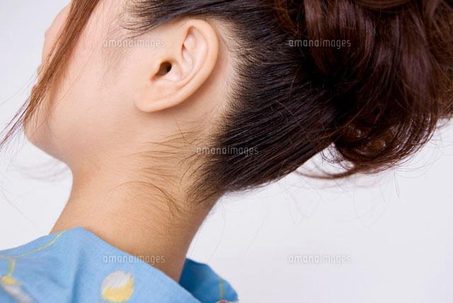 浴衣を着た女性のうなじ11031020461の写真素材イラスト素材アマナ