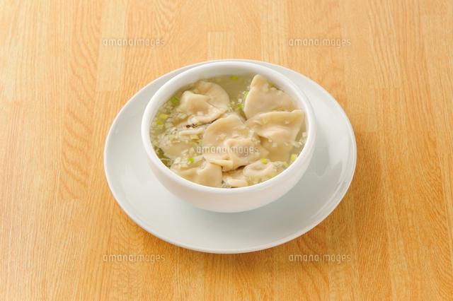 中華料理の水餃子スープ11050015142の写真素材イラスト素材アマナ