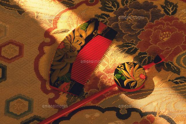 櫛と簪28144080939の写真素材イラスト素材アマナイメージズ
