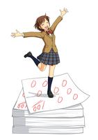 たくさんの100点のテストの上で喜んでいる女子生徒 10438000056  写真素材・ストックフォト・画像・イラスト素材 アマナイメージズ