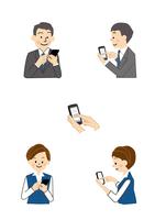 スマートフォン 男性と女性 10447000491  写真素材・ストックフォト・画像・イラスト素材 アマナイメージズ