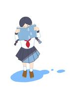 本を読んで涙を流す女の子 10471000286| 写真素材・ストックフォト・画像・イラスト素材|アマナイメージズ