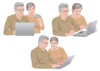 ネットで買い物をするシニアの夫婦 10688000053| 写真素材・ストックフォト・画像・イラスト素材|アマナイメージズ