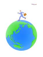 走るビジネスマンと地球 10757001078| 写真素材・ストックフォト・画像・イラスト素材|アマナイメージズ
