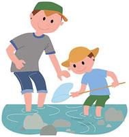 川遊びをする親子 11002054792| 写真素材・ストックフォト・画像・イラスト素材|アマナイメージズ