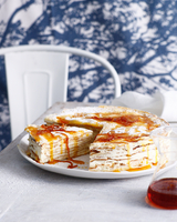 Gran marnier layer cake made with crepes and mascarpone 11015324746| 写真素材・ストックフォト・画像・イラスト素材|アマナイメージズ