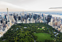 Aerial view of Central Park in New York City cityscape, New York, United States 11018070075| 写真素材・ストックフォト・画像・イラスト素材|アマナイメージズ