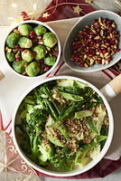 Brussels sprouts, savoy cabbage and broccoli with pomegranate seeds, and nuts for Christmas 11047063381| 写真素材・ストックフォト・画像・イラスト素材|アマナイメージズ