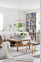 Sweden, Living room with chairs and coffee table 11090020515| 写真素材・ストックフォト・画像・イラスト素材|アマナイメージズ