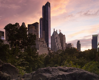 Midtown Manhattan skyline at dusk, dominated by the One57 skyscraper and the Essex House Hotel on Central Park South. 11093005815| 写真素材・ストックフォト・画像・イラスト素材|アマナイメージズ