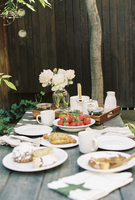 Breakfast table with tea, pastries and fresh strawberries. 11093007240| 写真素材・ストックフォト・画像・イラスト素材|アマナイメージズ