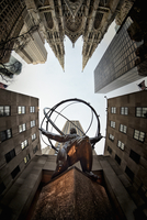 Low angle view of Atlas and Globe outside the Rockefeller Center, Rockefeller Plaza, Manhattan, New York, USA.  St. Patrick's Ca 11093022536| 写真素材・ストックフォト・画像・イラスト素材|アマナイメージズ