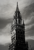 Black and white church and clouds on sky, Munich, Bavaria, Germany 11098044899| 写真素材・ストックフォト・画像・イラスト素材|アマナイメージズ