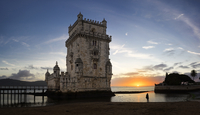 Silhouette woman standing by Belem Tower at Tagus Riverbank against sky during sunset 11100079063| 写真素材・ストックフォト・画像・イラスト素材|アマナイメージズ