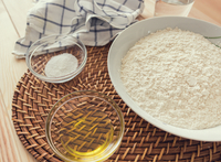 Natural and healthy ingredients for cooking bread 11100115434| 写真素材・ストックフォト・画像・イラスト素材|アマナイメージズ
