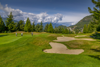 View of golf course at Furry Creek off The Sea to Sky Highway near Squamish, British Columbia, Canada, North America 11104030304| 写真素材・ストックフォト・画像・イラスト素材|アマナイメージズ