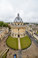High Angle View Of Radcliffe Camera Against Sky 11115029998| 写真素材・ストックフォト・画像・イラスト素材|アマナイメージズ