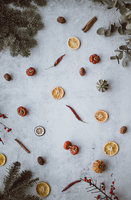 Directly Above Shot Of Dried Fruits On Table During Christmas 11115081533| 写真素材・ストックフォト・画像・イラスト素材|アマナイメージズ