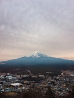Aerial View Of City And Mt Fuji Against Cloudy Sky 11115088318| 写真素材・ストックフォト・画像・イラスト素材|アマナイメージズ