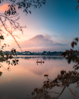 Scenic View Of Lake Against Sky During Sunset 11115090561| 写真素材・ストックフォト・画像・イラスト素材|アマナイメージズ