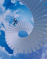 らせん階段を登る人イメージ CG 02114010053| 写真素材・ストックフォト・画像・イラスト素材|アマナイメージズ