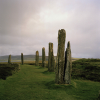 GB. Scotland. The Orkney Islands. The UNESCO World Heritage site, The Neolithic Heart of The Orkneys. The Ring of Brodgar. This  02265042681| 写真素材・ストックフォト・画像・イラスト素材|アマナイメージズ