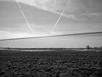 GERMANY. Rugen Island, Mecklenburg-Vorpommern State. April 2013. The trace of two airplanes on the sky abo 02265047562| 写真素材・ストックフォト・画像・イラスト素材|アマナイメージズ
