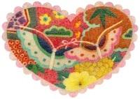 蝶の模様のついたハート 02456000035  写真素材・ストックフォト・画像・イラスト素材 アマナイメージズ