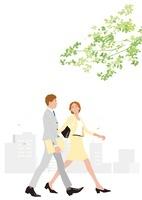 爽やかなみどりの中歩くビジネスマンとビジネスウーマン 02526000123  写真素材・ストックフォト・画像・イラスト素材 アマナイメージズ
