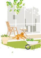 ガーデンテラスで昼寝する犬 02526000228  写真素材・ストックフォト・画像・イラスト素材 アマナイメージズ