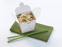 Take Out Box of Crab Fried Noodle 	 20025201828| 写真素材・ストックフォト・画像・イラスト素材|アマナイメージズ