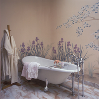 BATHROOMS - Claw bath tub with chrome fixtures, robes hang on coat rack, painted mural of iris and tree pink and white marble fl 20025340893| 写真素材・ストックフォト・画像・イラスト素材|アマナイメージズ