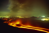 Lava flow from the Monti Calcarazzi fissure on the flank of Mount Etna in 2001 which threatened Nicolosi below, Sicily, Italy, E 20025360663| 写真素材・ストックフォト・画像・イラスト素材|アマナイメージズ